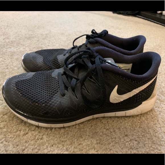 more photos 6029c b1d7e Nike Free Run 5.0 Black Running Shoes, Women's 7